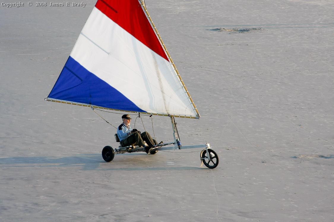 Click image for larger version  Name:sailing%20along.jpg Views:52 Size:87.8 KB ID:119467
