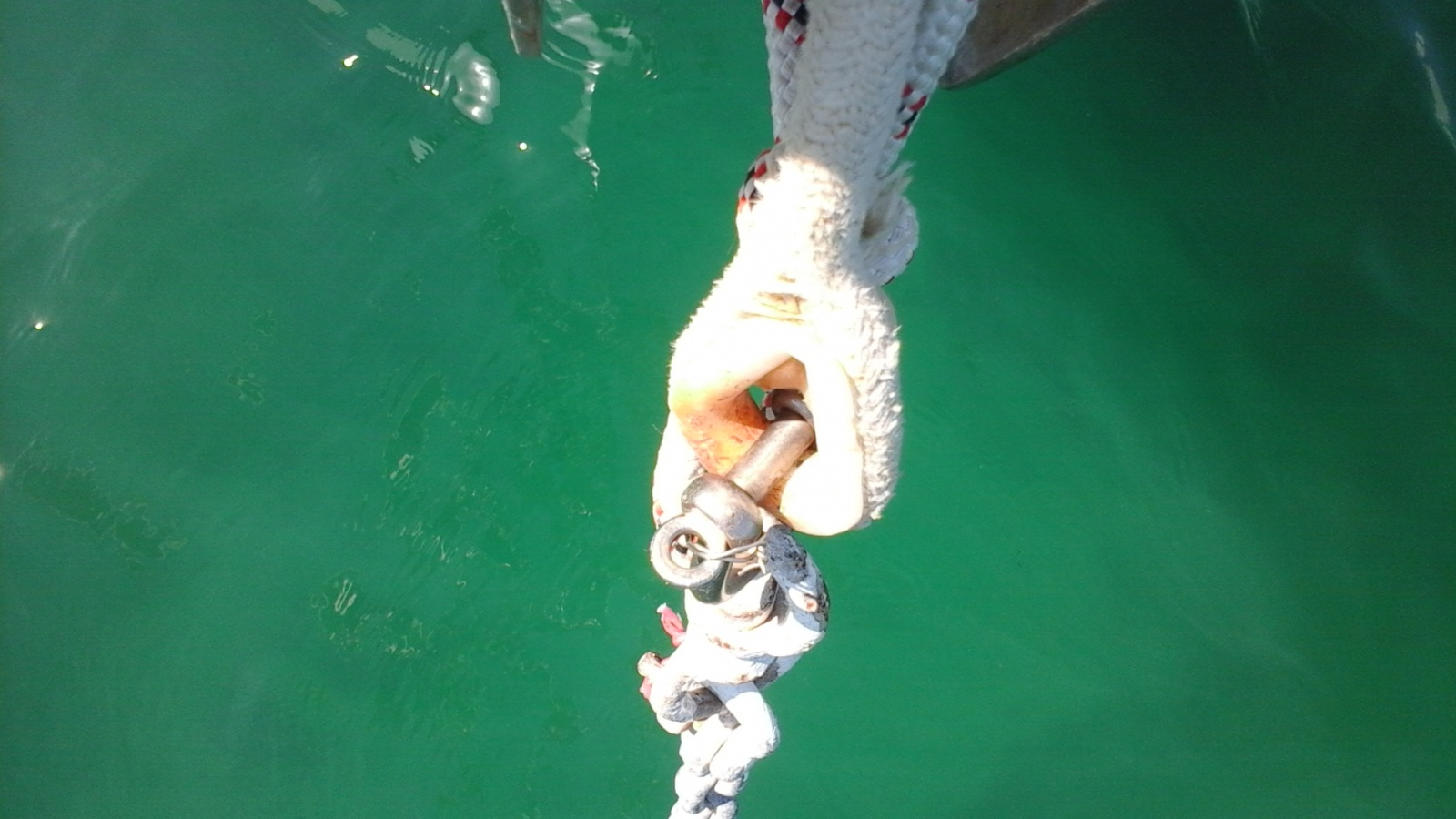 Click image for larger version  Name:zzzz Anchor Line Splice and Shackle Photo.jpg Views:100 Size:310.9 KB ID:120698