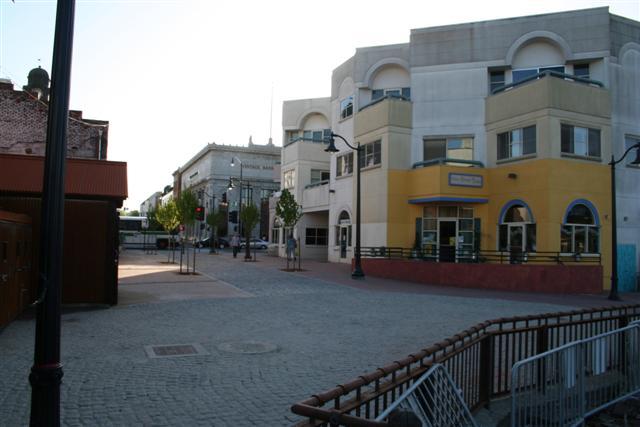 Click image for larger version  Name:Petaluma town (Small).jpg Views:383 Size:43.4 KB ID:125