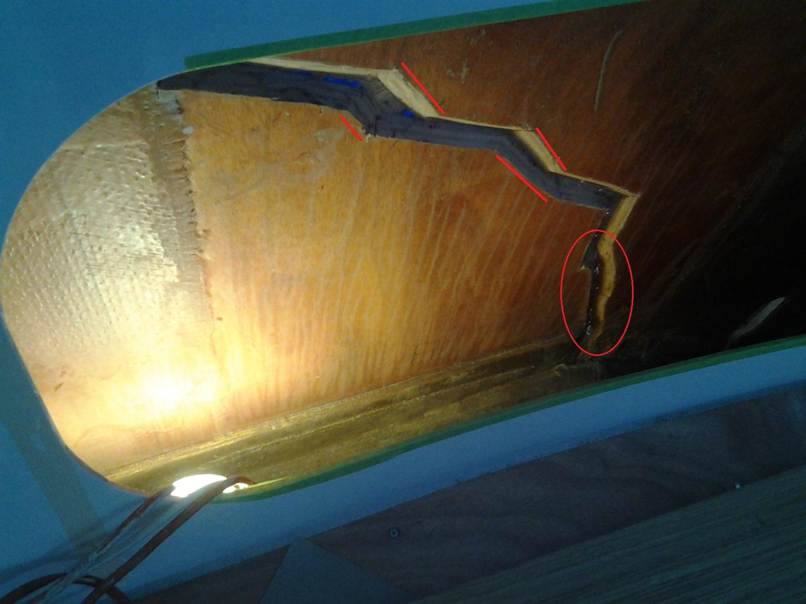 Click image for larger version  Name:20130204_Lagoon 420 split main bulkhead.jpg Views:160 Size:384.9 KB ID:125692