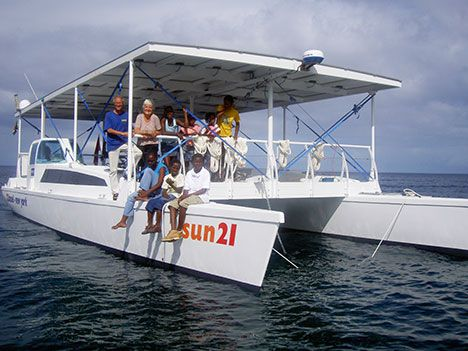 Click image for larger version  Name:solar-boat-05.jpg Views:144 Size:38.8 KB ID:126277