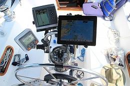 Click image for larger version  Name:cockpit.jpg Views:92 Size:67.9 KB ID:127477