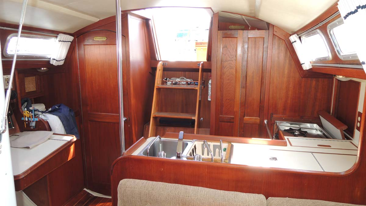Click image for larger version  Name:Companionway.jpg Views:67 Size:113.0 KB ID:127524