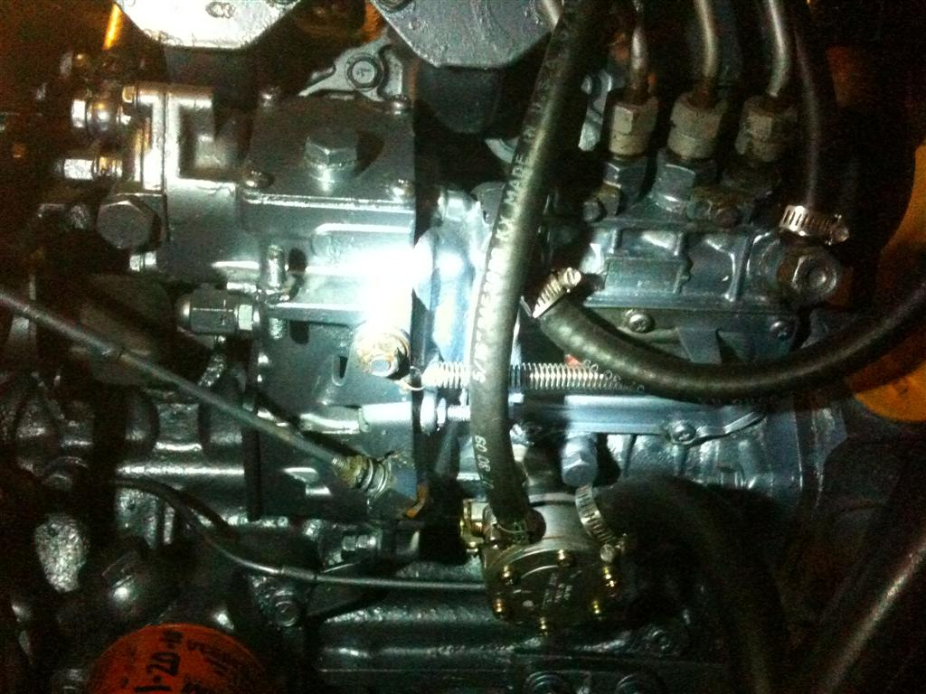 Click image for larger version  Name:injection pump.jpg Views:116 Size:131.5 KB ID:12874