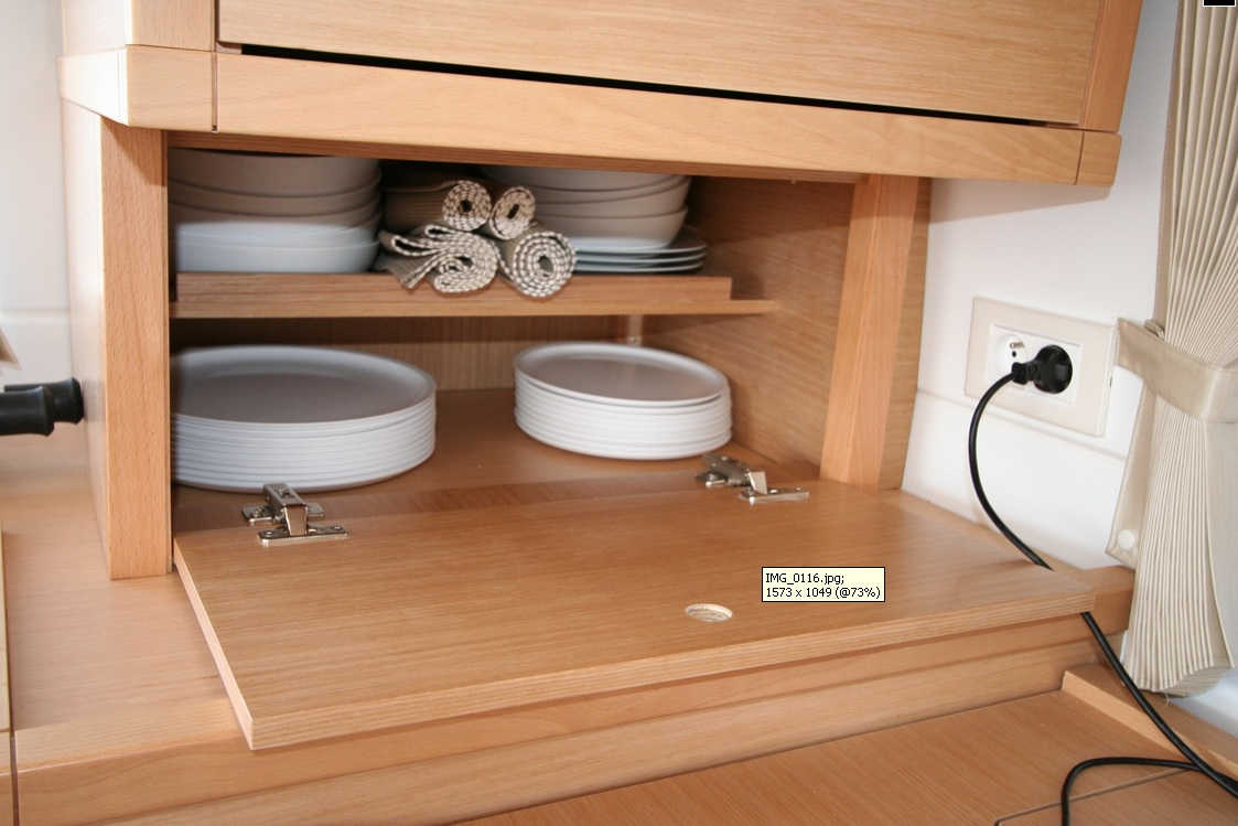 Click image for larger version  Name:Cupboard.jpg Views:155 Size:202.1 KB ID:130063