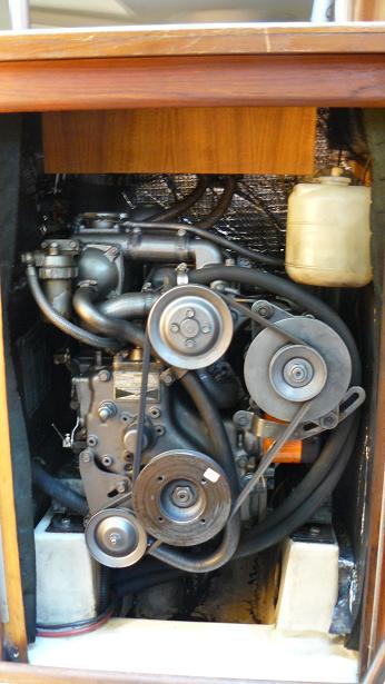 Click image for larger version  Name:Hunter 30 Yanmar Engine 088R.JPG Views:228 Size:54.0 KB ID:13239