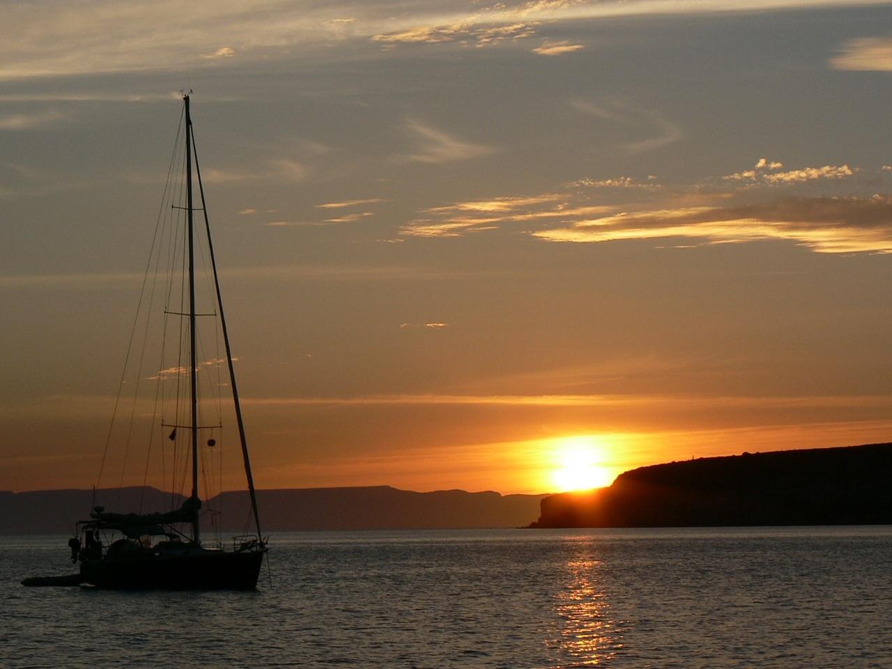 Click image for larger version  Name:Ensenada Grande Sunset.JPG Views:293 Size:317.5 KB ID:133183