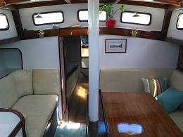 Click image for larger version  Name:f3 main saloon.jpg Views:242 Size:405.9 KB ID:135259