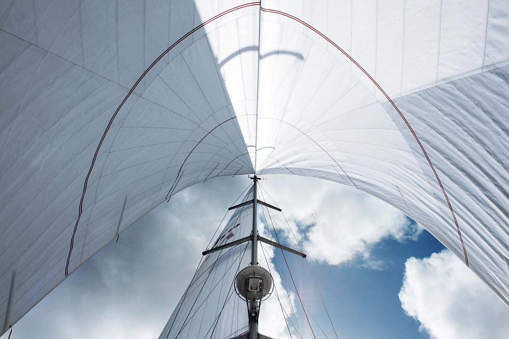Click image for larger version  Name:sailing_with_two_jibs.jpg Views:257 Size:105.5 KB ID:138374