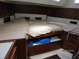 Click image for larger version  Name:InteriorAftCabinLookingAft.jpg Views:758 Size:49.6 KB ID:138549