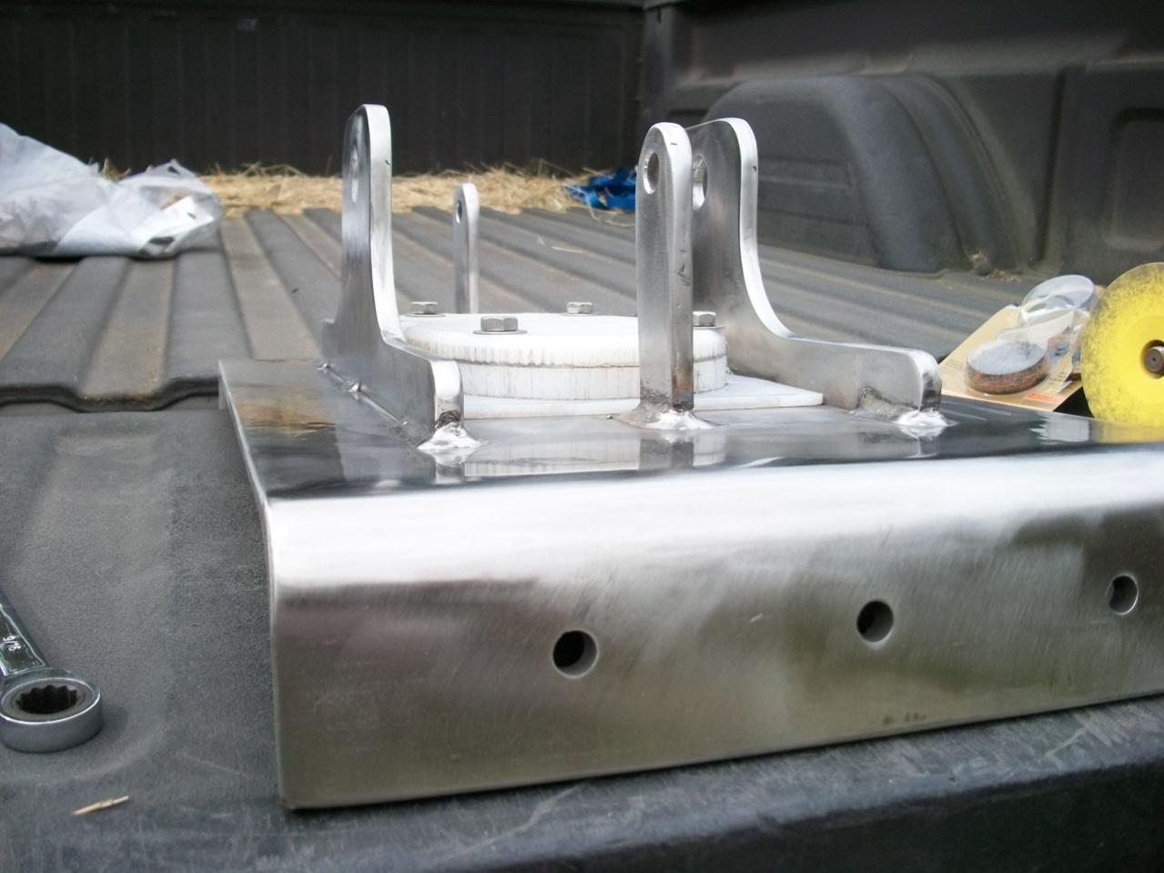 Click image for larger version  Name:Mast step polishing step 3&4.jpg Views:103 Size:276.1 KB ID:14013
