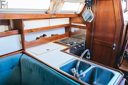 Click image for larger version  Name:Boat 10.jpg Views:207 Size:414.8 KB ID:140661