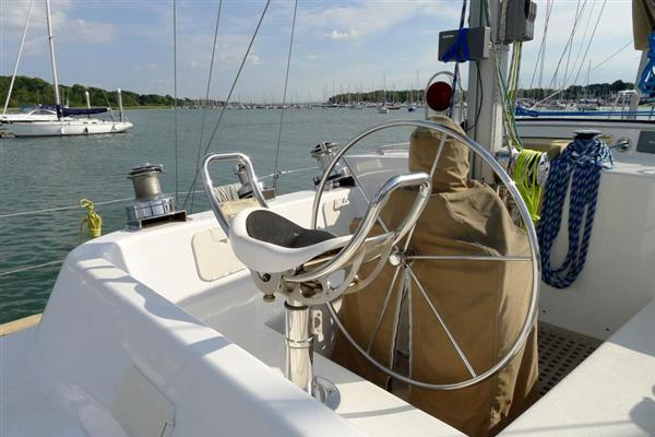 Click image for larger version  Name:Skookum Helm Seat.jpg Views:262 Size:39.9 KB ID:142034
