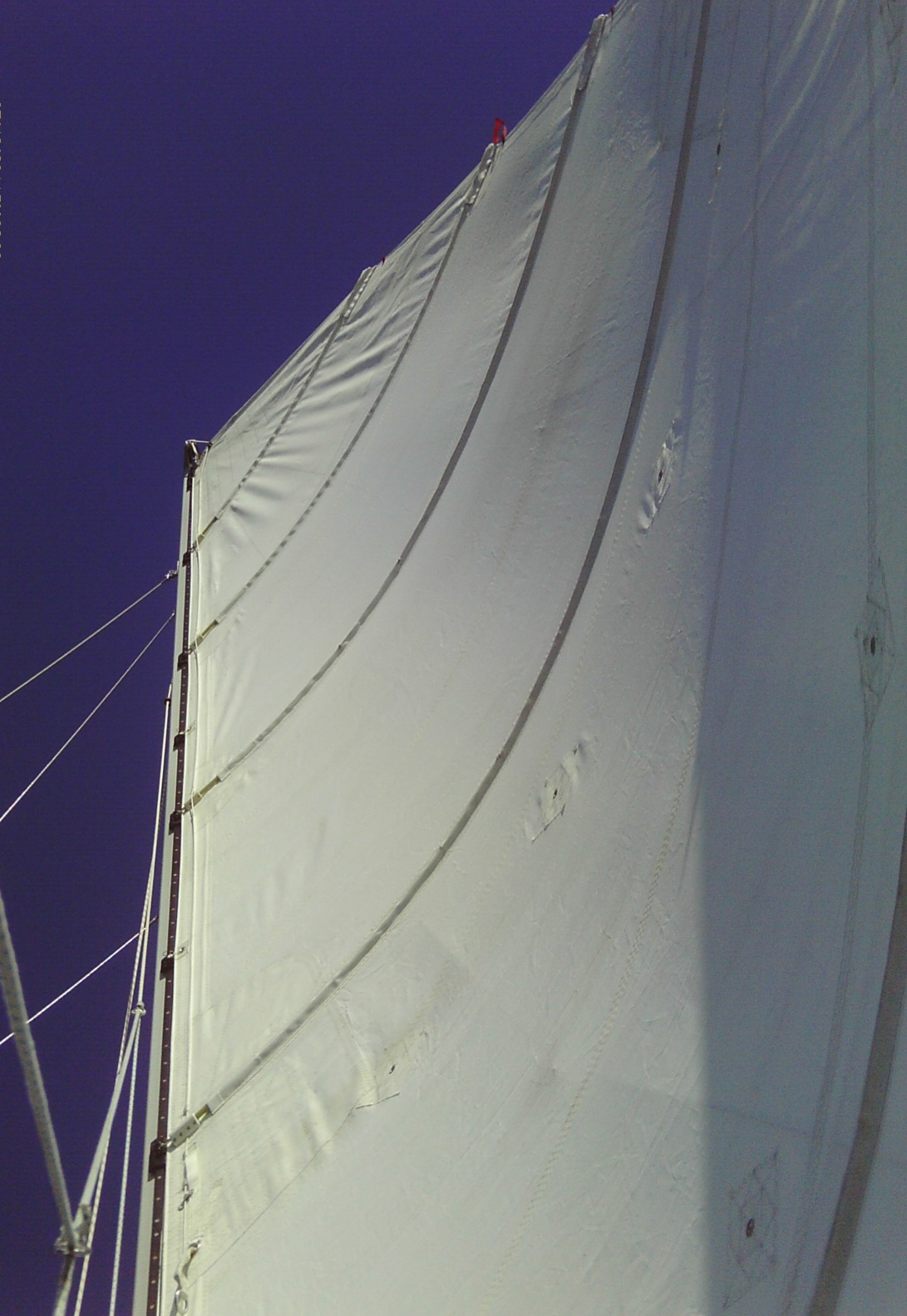 Click image for larger version  Name:Main sail.jpg Views:417 Size:402.5 KB ID:143384