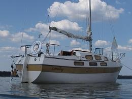 Click image for larger version  Name:1975-Bayliner-Buccaneer_30867_7.jpg Views:180 Size:52.2 KB ID:144162