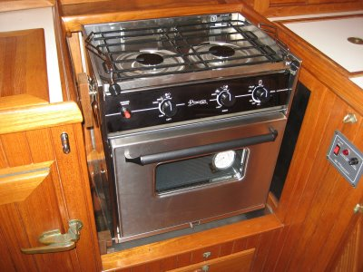 Click image for larger version  Name:stove.jpg Views:496 Size:33.1 KB ID:14759