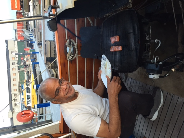 Click image for larger version  Name:20151001_Dauntless and me IMG_6759 weber.JPG Views:148 Size:114.9 KB ID:149156