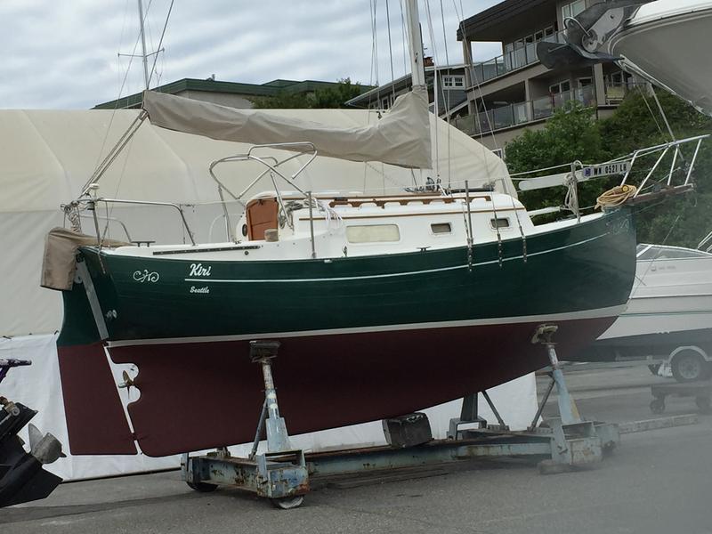 Click image for larger version  Name:Flicka 20 1983 dark hull hard.jpg Views:192 Size:67.2 KB ID:150456