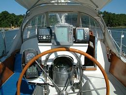 Click image for larger version  Name:Spirit's cockpit.jpg Views:225 Size:425.3 KB ID:155102