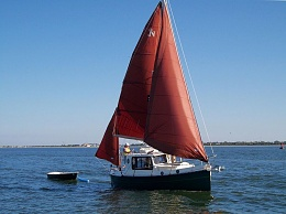 Click image for larger version  Name:800pundersail4.jpg Views:56 Size:63.8 KB ID:157004