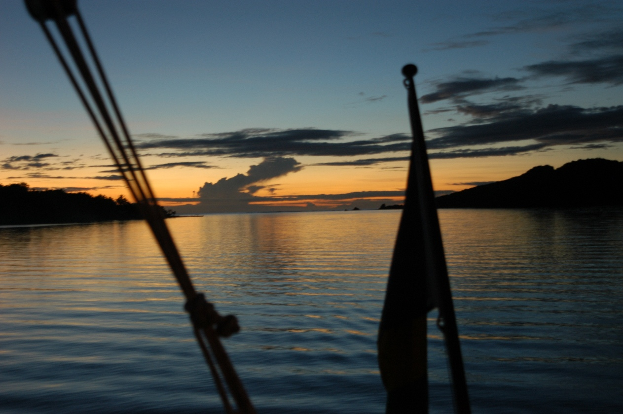 Click image for larger version  Name:sunset illuit DSC_0070.JPG Views:135 Size:321.5 KB ID:15850