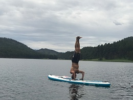Click image for larger version  Name:DonHandstand.jpg Views:62 Size:407.9 KB ID:158510