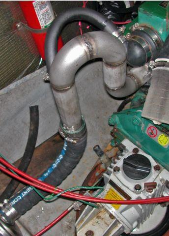 Click image for larger version  Name:saltyexhaust2.jpg Views:226 Size:34.8 KB ID:16060