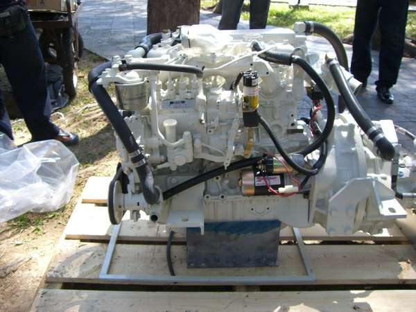 Click image for larger version  Name:4JB1 Engine day 1.jpg Views:141 Size:39.5 KB ID:16559
