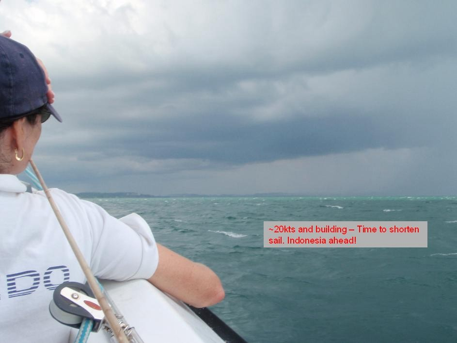 Click image for larger version  Name:Friday Shorten sail.jpg Views:116 Size:62.8 KB ID:16569