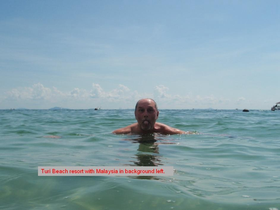 Click image for larger version  Name:saturday swim 1.jpg Views:98 Size:65.5 KB ID:16573