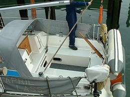 Click image for larger version  Name:Dinghy1.jpg Views:194 Size:31.8 KB ID:171507