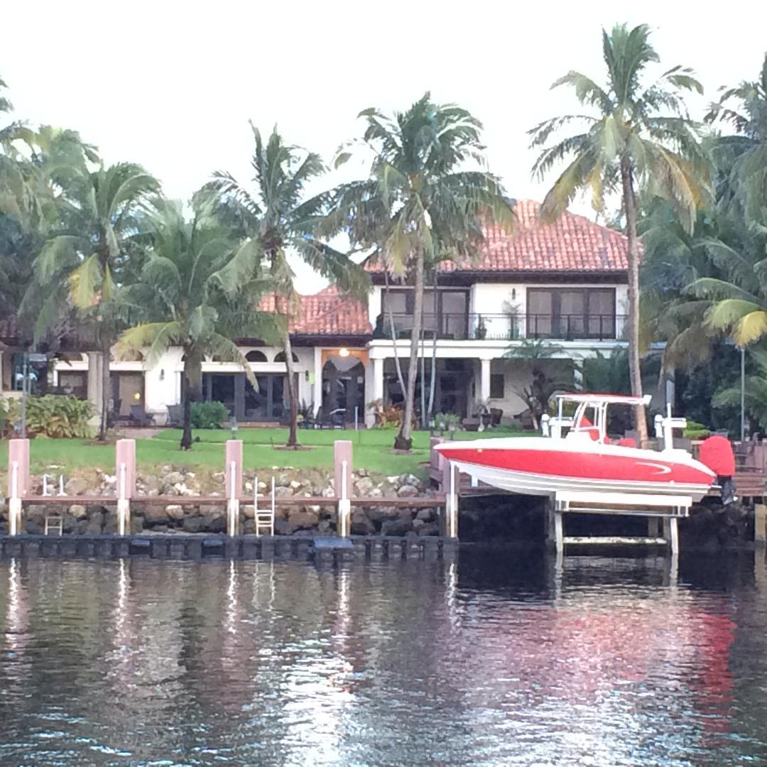 Click image for larger version  Name:Floating Dock.jpg Views:88 Size:177.5 KB ID:171980