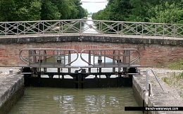 Click image for larger version  Name:11a-garonne-(1).jpg Views:55 Size:197.1 KB ID:172051