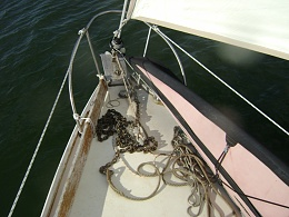 Click image for larger version  Name:B27 Foredeck.jpg Views:478 Size:382.1 KB ID:172419