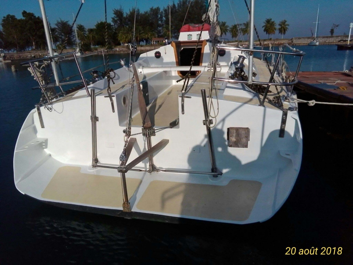 Click image for larger version  Name:boat aft.jpg Views:202 Size:419.3 KB ID:175857