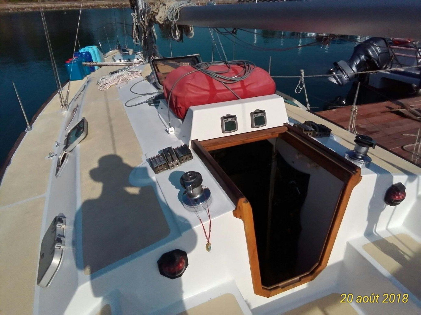 Click image for larger version  Name:companionway.jpg Views:169 Size:421.7 KB ID:175864