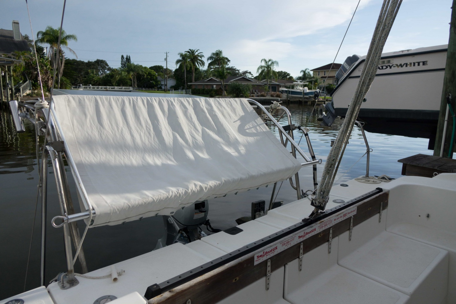 Click image for larger version  Name:Gemini Hammock Starboard View.jpg Views:472 Size:407.1 KB ID:176080