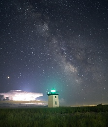 Click image for larger version  Name:Long Point Light and lightning cloud.jpg Views:160 Size:403.5 KB ID:176133