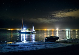 Click image for larger version  Name:Sea Fever at anchor Ptown 3.jpg Views:169 Size:389.6 KB ID:176135