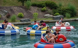 Click image for larger version  Name:0096_bumper-boats-best-vacations-for-families-in-poconos.jpg Views:42 Size:442.4 KB ID:176398