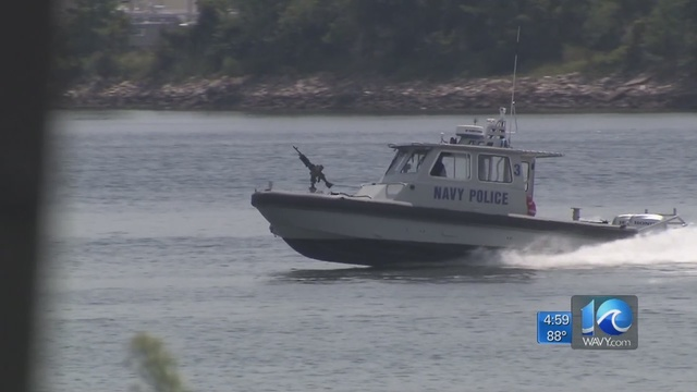 Click image for larger version  Name:navy-police.jpg Views:169 Size:54.6 KB ID:177258