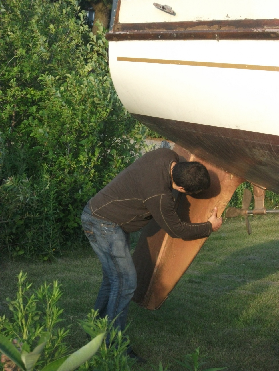 Click image for larger version  Name:boat 015.jpg Views:113 Size:430.1 KB ID:17794
