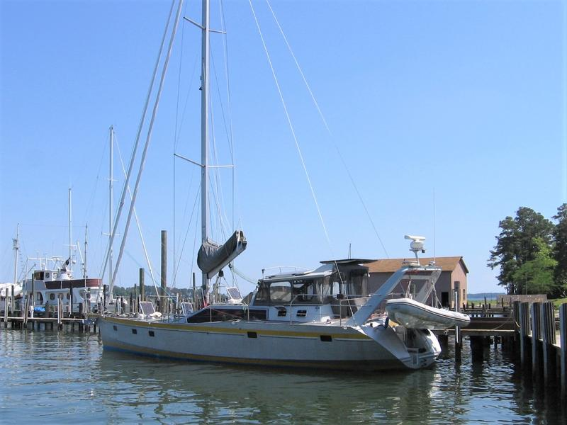 Click image for larger version  Name:Aluminum 53 foot Lifting Keel dock.jpg Views:46 Size:56.6 KB ID:178987