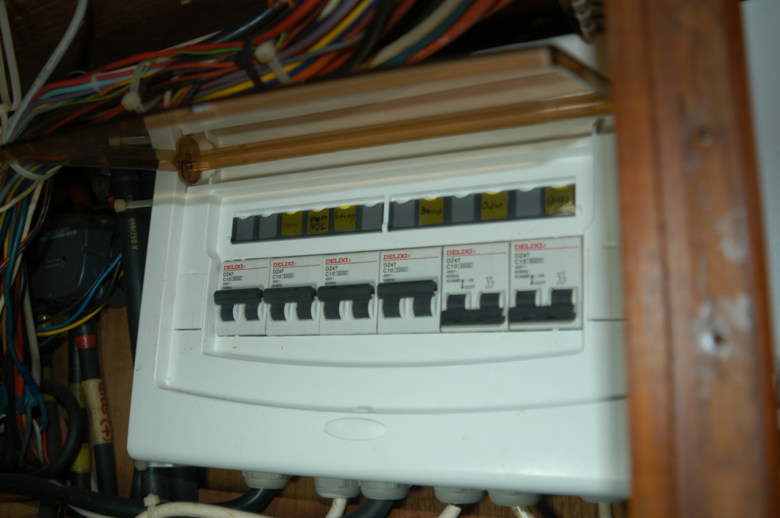 Click image for larger version  Name:1 2d AC Sub Panel DSC_0015.jpg Views:12 Size:305.9 KB ID:180319