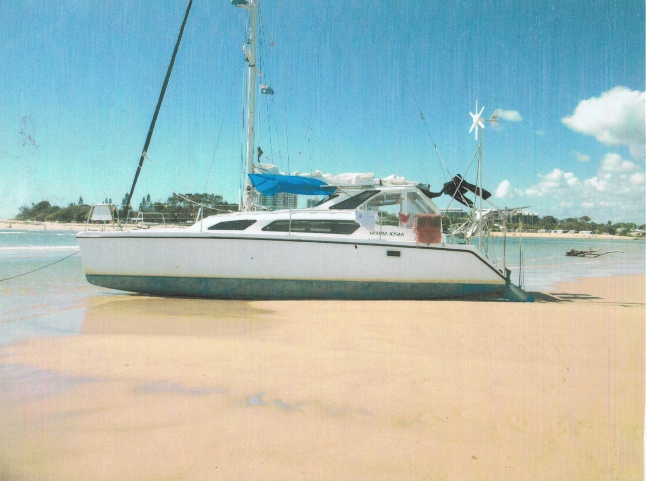 Click image for larger version  Name:Boat, 002.jpg Views:332 Size:416.3 KB ID:181664