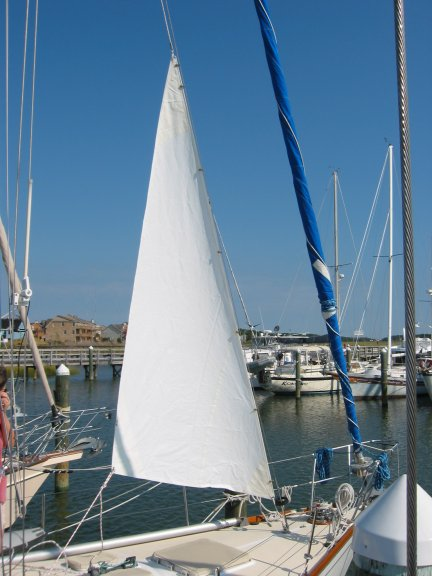 Click image for larger version  Name:Small Storm Sail 002 small.jpg Views:151 Size:48.6 KB ID:1822