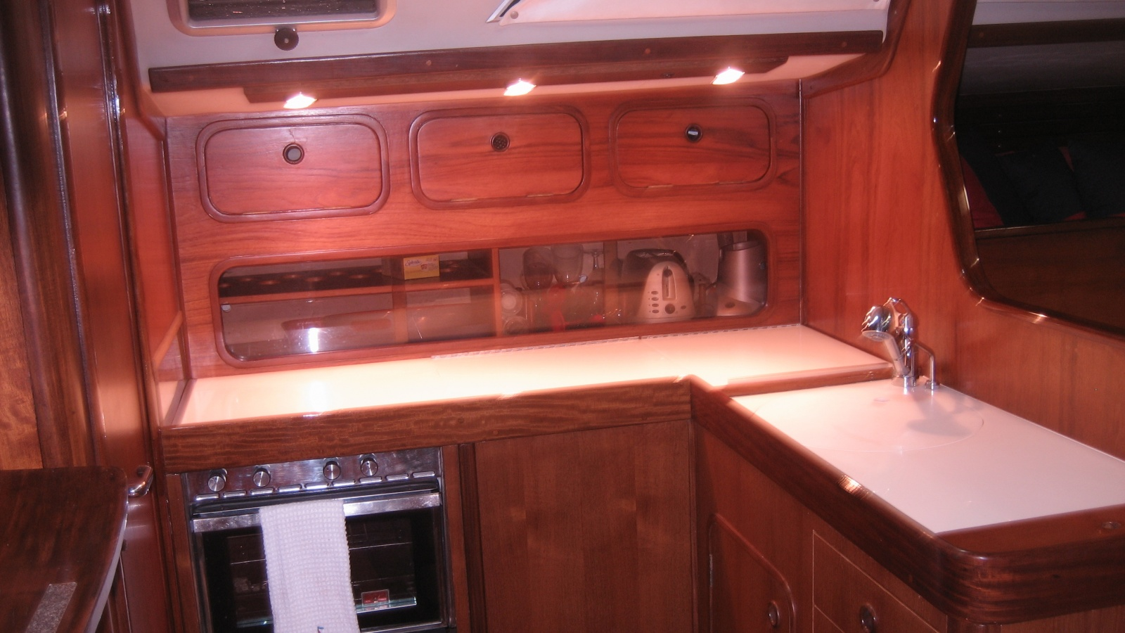 Click image for larger version  Name:titere kitchen 005.jpg Views:85 Size:363.5 KB ID:18223