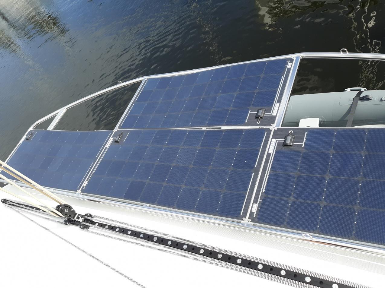 Click image for larger version  Name:Tiltable solar.jpg Views:78 Size:416.2 KB ID:185070