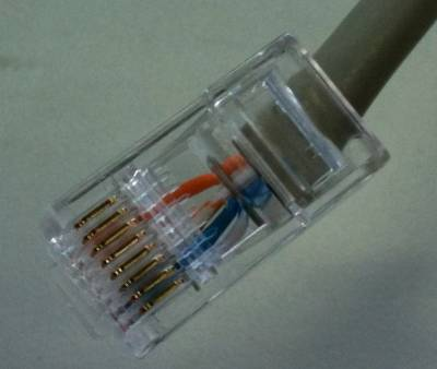 Click image for larger version  Name:B&G typical RJ45 connection of 4 ethernet wires.jpg Views:34 Size:13.0 KB ID:185384