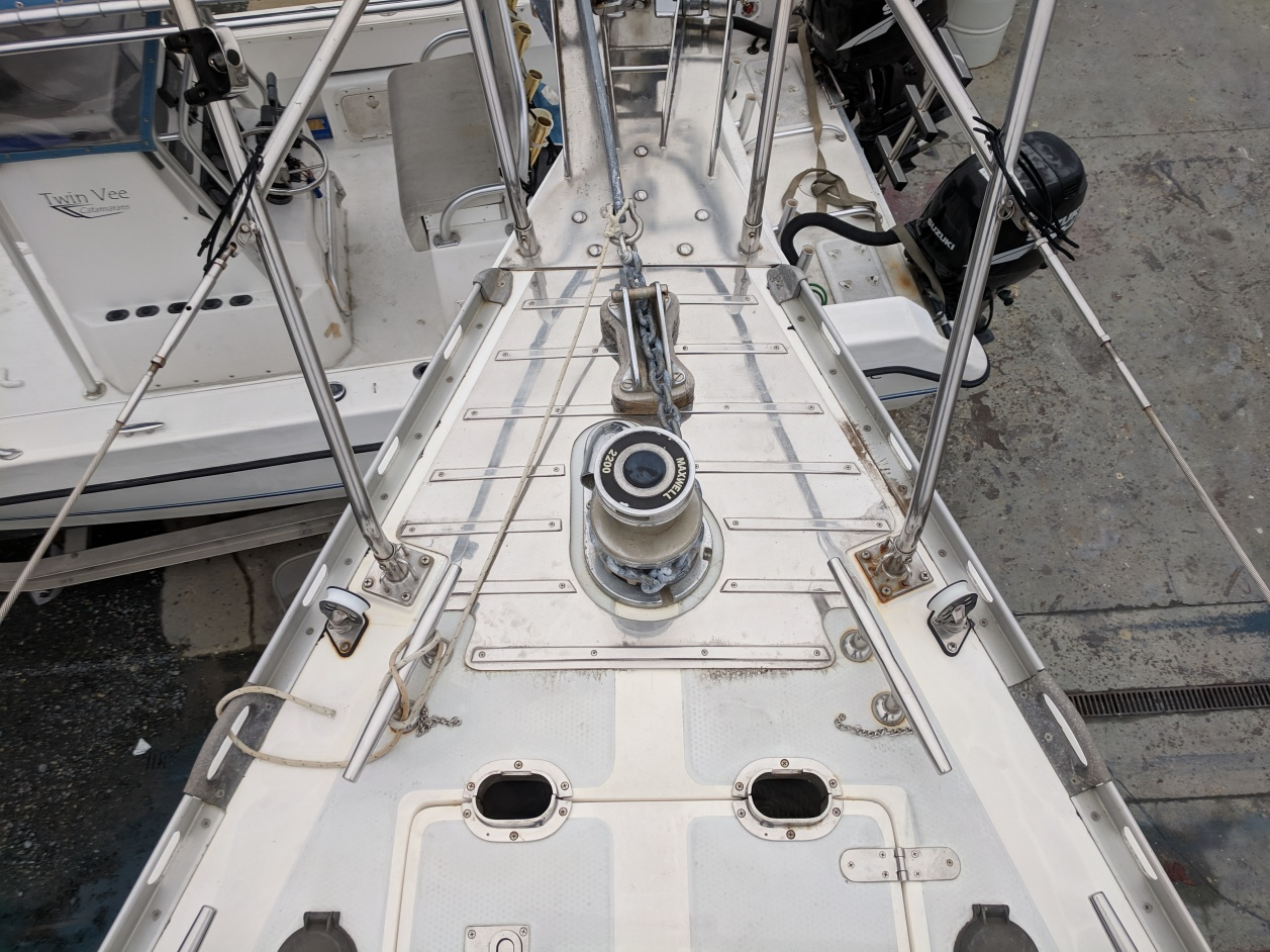 Click image for larger version  Name:anchor_deck_protector.jpg Views:151 Size:433.2 KB ID:187804
